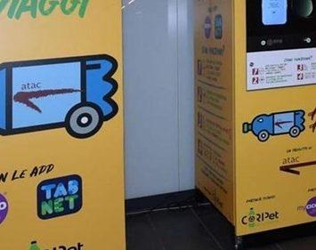 Odpadne plastenke lahko zamenjate za vozovnico